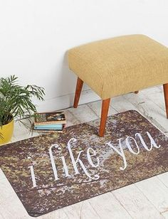 5 cheap accessories for a vintage décor...I bet I can figure out a way to make this rug myself
