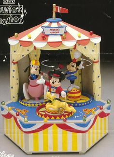 New Enesco Disney Large Mickey's 3 Ring Circus Mutli-Action/Lights Music Box Mickey And Minnie Love, Mickey Minnie Mouse, Disney Mickey, Circus Music, Light Music, Disney Merchandise, Toy Chest, Action, Disney Characters
