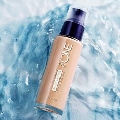 This is the beauty of The ONE Aquaboost Foundation has a Glacier Water active that hydrates your skin for up to 8 hours Independence Day Offers, The One, Oriflame Beauty Products, Flawless Skin, Insta Makeup, Makeup Addict, Makeup Cosmetics, Voss Bottle, Makeup Tips