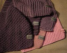 6 kjøkkenklutoppskrifter ; Jeg har fått noen spørsmål om hvordan jeg lager kjøkkenklutene mine, så nå har jeg laget 6 forskjellige kluter ... Knitting Patterns, Sweaters, Dishcloth, Nye, Fashion, Threading, Moda, Knit Patterns, Sweater