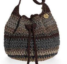 Bolsa saco de crochê com cores sóbrias. É bem legal.