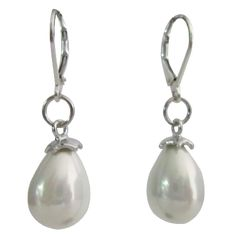 Price :$11.99 Freshwater Drop Pearl in Sterling Silver Lever Backs White Earrings Material Used : White Pearl Earrings Freshwater Drop Pearl in Sterling Silver Lever Backs  Color : White  Earrings Length : 1 inch genuine 92.5 stamped Lever Back earrings  Earrings Type : Sterling Silver 92.5 Lever Back component