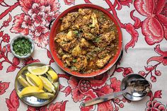 Chettinad Pepper Chicken (Koli Milagu Masala)   29 Insanely Delicious Indian Recipes You Need To Try