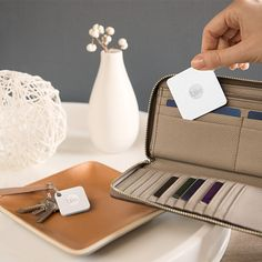 If you or someone you know is always losing important things, like your car keys, wallet or even your laptop, Tile is exactly what you need! Tile is a small Bluetooth tracking device that can be inserted or attached to anything. Head on over to the blog to learn more! #giftidea