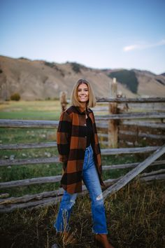 Fall Plaid - Wanderlust Out West - hot fall outfits - Hot Fall Outfits, Fall Fashion Outfits, Fall Fashion Trends, Style Fashion, Fall Trends, Fall Fashions, Fashion Ideas, Fashion Black, Fashion 2020