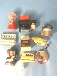 LOT OF 9 COOL VINTAGE KITCHEN APPLIANCE ACME REFIGERATOR MAGNETS