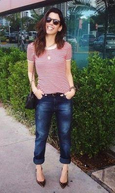 Look: Camila Coutinho - Listras & Animal Print. Fashion moda it modait verão. T-shirt, jeans, scarpin, onça, óculos redondo.