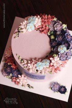 Pastel betun flores