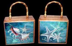 cigar box purses - Google Search Cigar Box Projects, Cigar Box Crafts, Wood Projects, Cigar Box Art, Cigar Box Purse, Altered Cigar Boxes, Cork Purse, Cuban Art, Cigar Ashtray