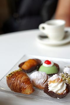 """A delightful Naples' pastry...""""sfogliatelle""""... would be the perfect Gud morning breakfast. Accompanied by un cappuccino, as well!"""