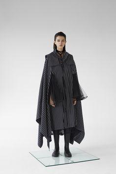 No Sooner Said Than Done — Georgette Magazine Avangard Fashion, Fashion Details, Hijab Fashion, Fashion Brand, Runway Fashion, Fashion Outfits, Womens Fashion, Fashion Design, Alternative Fashion