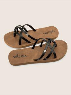 Volcom New School Sandals - Light Pink 13 Leather Sandals Flat, Black Leather Shoes, Black Sandals, Girls Sandals, Girls Shoes, Women Sandals, Shoes Women, Summer Sandals, Flip Flop Shoes