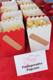Maddycakes Muse: Nursing School Graduation Party - CUTE SNACK IDEA - every hosp. Maddycakes Muse: Nursing School Graduation Party - CUTE SNACK IDEA - every hospital I have ever been visiting at or staying in has a popcorn machine! Nurse Party, College Graduation Parties, Nursing School Graduation, School Parties, Graduate School, Medical School, Nursing Schools, Graduation Ideas, Planning Medical