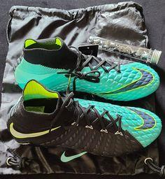 Nike ACG hypervenom phantom women's sz12 | Mercari Athletic Clothes, Athletic Outfits, Nike Acg, Nike Free, Cleats, Air Jordans, Badge, Nike Women, Footwear