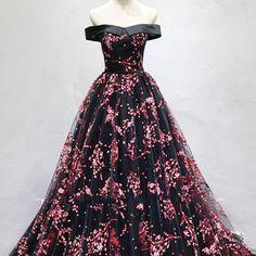 Chic black tulle off shoulder v neck long senior short sleeve prom dress with flower