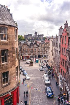 Quirky, Unusual & Secret Spots in Edinburgh You'll Love 16 Secret spots in Edinburgh. Hidden gems, alternative attractions, offbeat locations and unusual things to do in the Scottish Capital. Here's a guide to offbeat Edinburgh, Scotland! Scotland Travel Guide, Scotland Vacation, Scotland Trip, Visiting Scotland, Edinburgh Travel, Edinburgh Castle, London Travel, Royal Mile Edinburgh, Cheap Places To Travel