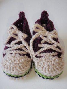 かぎ針でベビーコンバース(ソール) 無料編み図① - Let's try! Crochet Shoes, Crochet Baby Booties, Knit Crochet, Handicraft, Diy And Crafts, Baby Shoes, Crochet Patterns, Blog, Kawaii