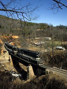 Southern Railway coal train negotiating the lower loop near Andrews Geyser