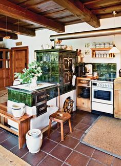 Garage Renovation, Cabin Interiors, Dining Decor, Country Kitchen, Stove, Living Spaces, House Plans, Halle Berry, Kitchen Island