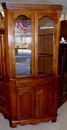 Bedroom Set, 8pc, Made By Broyhill. Set Includes Large Armoire, Tall  Dresser With Fancy Mirror, Queen Size Bed, Two Nightstands With Drawers,  And Au2026