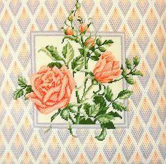 """VINTAGE ELSA WILLIAMS BARGELLO """"FLORENTINE ROSES"""" 14"""" x 14"""" NEEDLEPOINT KIT"""