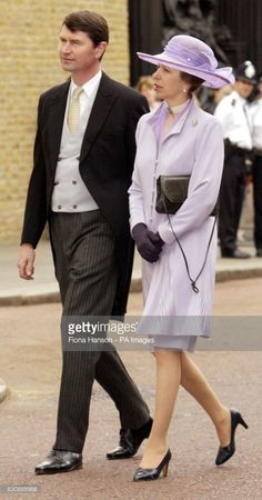 The Princess Royal and her husband, Commodore Timothy Laurence, arrive for the marriage of the Earl of Ulster to Doctor Claire Booth at the Queen's Chapel, St James's Palace on Saturday June 22 2002 (Photo by Anwar Hussein/WireImage) Princesa Anne, St James's Palace, Palace London, Royal Navy Officer, Royal Family Portrait, Timothy Laurence, Royal Princess, Princess Meghan, Queen Pictures