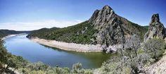 Paseo entre cerezos por el río Tajo (iStock)