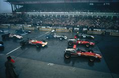 Start of the 1968 Grand Prix under miserable weather conditions. Although Jacky Ickx had been unbeatable in the wet qualifing, it was Jackie Stewart who dominated the race.