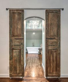 Barn+Doors+to+master+bath