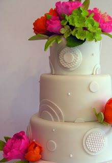 elaborate gold cake | Cinderella inspired wedding cake: