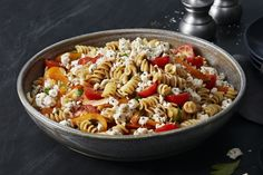 This Greek-inspired salad is flavoured with CRACKER BARREL Crumbled Herb & Garlic Feta Cheese, colourful fresh vegetables and cooked pasta all tossed with a balsamic vinaigrette. Greek Salad Pasta, Pasta Salad Italian, Salad Recipes Video, Pasta Salad Recipes, Kraft Recipes, Cooking Instructions, Easy Meal Prep, Cold Meals, How To Cook Pasta