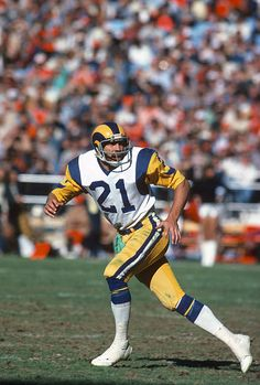 Nolan Cromwell of the Los Angeles Rams in action during an NFL Football game circa Cromwell played for the Rams from Get premium, high resolution news photos at Getty Images Nfl Football Games, School Football, Football Coaches, Defensive Back, La Rams, Football Hall Of Fame, Team Wear, Sports Photos, Stock Pictures