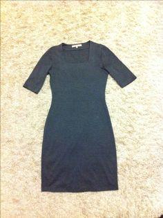 Хорошее платье, люблю его )) но само по себе скучновато
