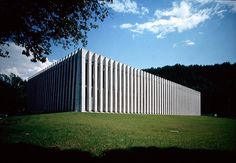 Livio Vacchini - Gymnasium, Losone 1997. Photo (C) Alberto Flammer.