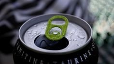 Come difendere i ragazzi dalle energy drink