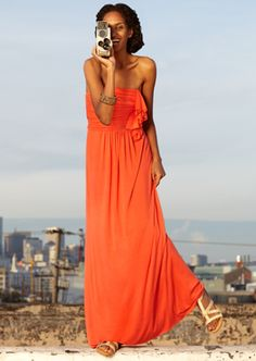 Still digging the maxi dress Fashion Clothes, Boho Fashion, Fashion Outfits, Womens Fashion, Maxi Dresses, Dress Skirt, Summer Clothes, Summer Outfits, Classic Style