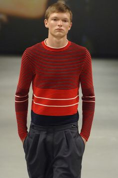 Modeconnect.com - Mens knitwear by Raf Simons from the spring/summer 2007 collection