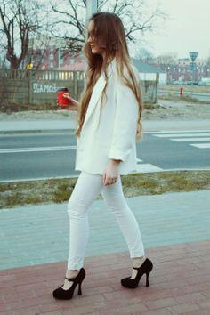 "♥ this look on whatiwear.com by ALEKSANDRA IWANCZYK ""WHITE"" http://www.whatiwear.com/look/detail/180974"