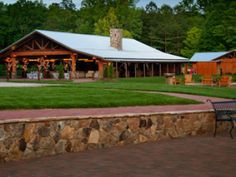 Angus Barn North Carolina | rusticweddingguide.com