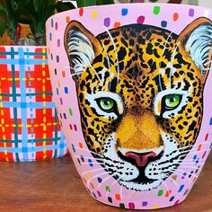 Hand Painting Art, Pottery Painting, Canvas Light Art, Painted Plant Pots, Leopard Face, Lighted Canvas, Clay Pots, Interior Paint, Diy Art