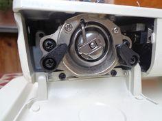 Nähmaschine Pfaff 209 ohne Fusspedal als Ersatzteilespender Pfaff 209 sewing machine (bobbin case)