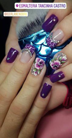 Uñas Purple Nail Designs, Acrylic Nail Designs, Cute Nails For Fall, Natural Acrylic Nails, Nail Art Designs Videos, Flower Nail Art, Elegant Nails, Nagel Gel, Glitter Nail Art