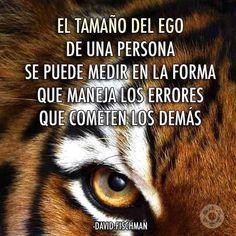 Cuando una persona comienza a criticar los defectos en los demás, está comparando su ego en las persona, cuando no soportan  estar ocultando un defecto arraigado,  porqué no han trascendido el defecto de cuál quieren esconder en sus vidas!!!!!!!