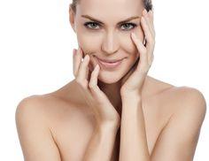 Yoga facial: confira o passo a passo de exercícios capazes de melhorar firmeza e reduzir rugas