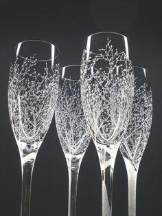 Champagne Flute Wedding Favors #winefavors #wineweddingfavors #weddingfavors
