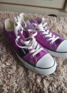 Kup mój przedmiot na #vintedpl http://www.vinted.pl/damskie-obuwie/obuwie-sportowe/9969646-fioletowe-rozowe-converse-43-fuksja