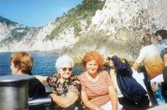 #magiaswiat #włochy #podróż #zwiedzanie #europa #blog #rzym #asyż #capri Mount Rushmore, Capri, Mountains, Nature, Blog, Painting, Travel, Europe, Naturaleza