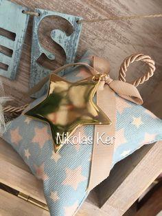 Μπομπονιέρα βάπτισης με μαξιλαράκι & γούρι αστεράκι #nikolasker