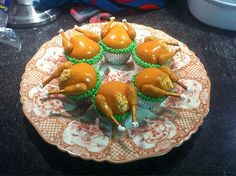 Thanksgiving Turkeys in Disguise Cupcakes