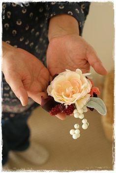 【秋のプチブローチ】選ぶのが楽しい~♪ Floral, Flowers, Jewelry, Jewlery, Jewerly, Schmuck, Jewels, Jewelery, Royal Icing Flowers